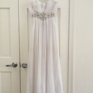 STRAPLESS BEADED PROM DRESS
